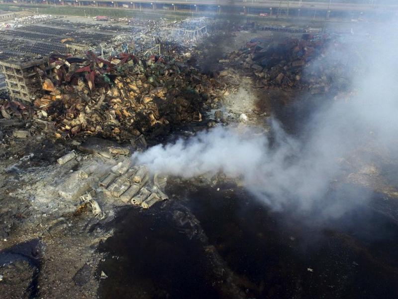 Destroços das explosões em Tianjin [Reuters]
