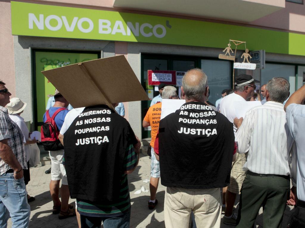 BES: lesados manifestam-se em Vilar Formoso