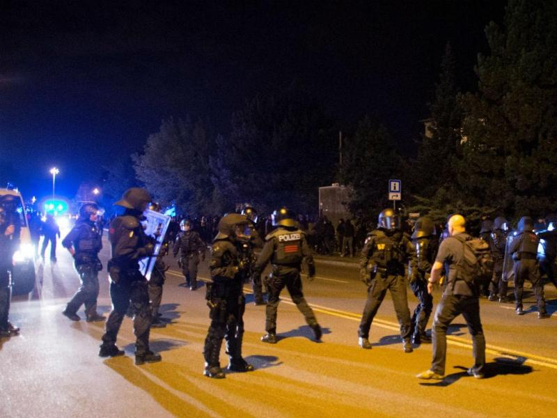 Violência em Heidenau, na Alemanha (Lusa/EPA)