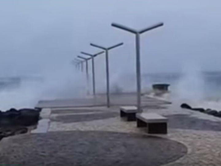 Furacão Fred em Cabo Verde [YouTube]
