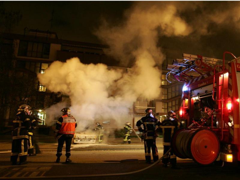 Bombeiros de Paris [Reuters]