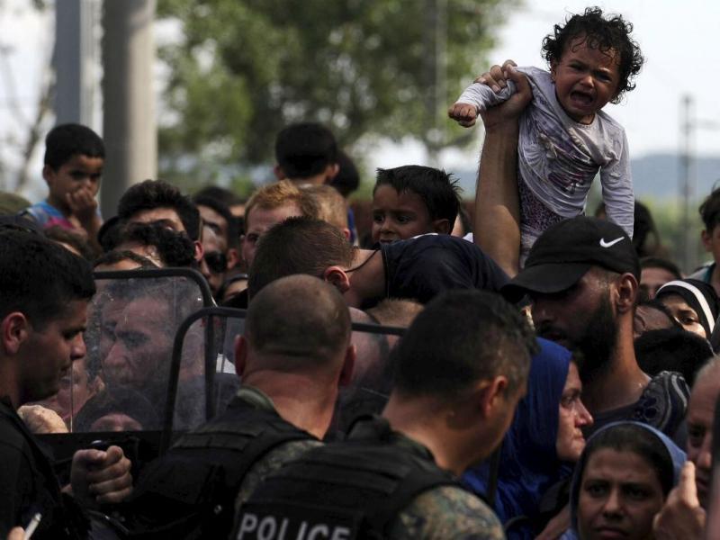 Fronteira entre a Grécia e a Macedónia - Agosto de 2015 (REUTERS/Ognen Teofilovski)