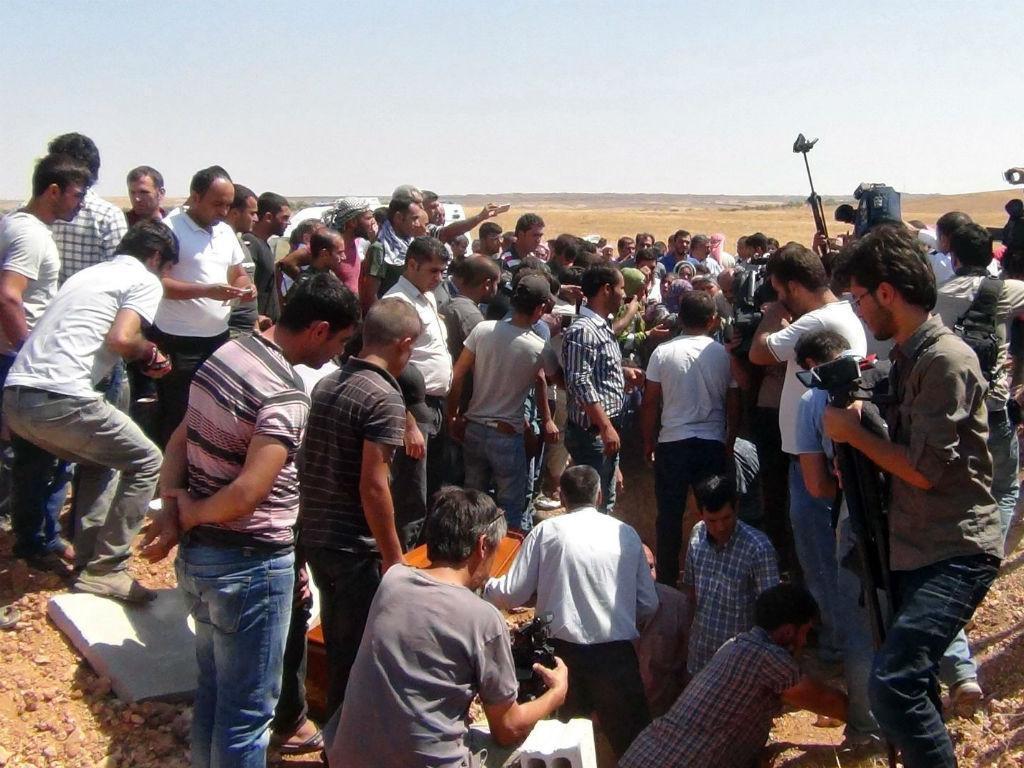 Funeral de Aylan, o menino que acordou o mundo para o drama dos refugiados [Lusa/EPA]