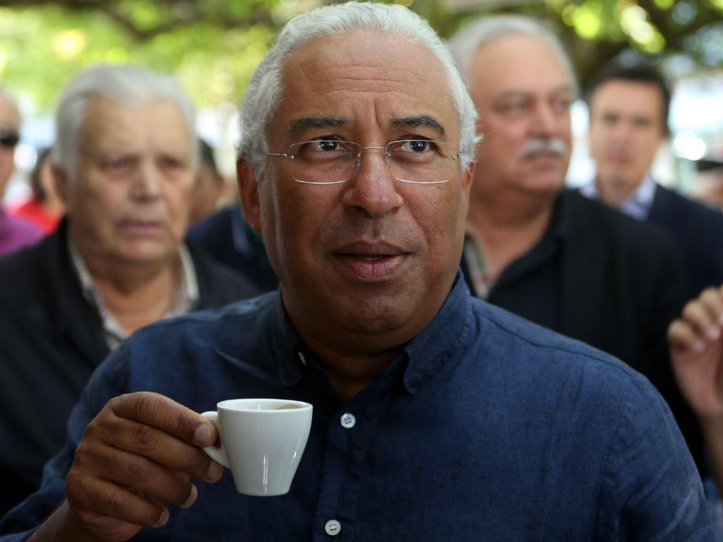 António Costa em ação de campanha (Lusa)