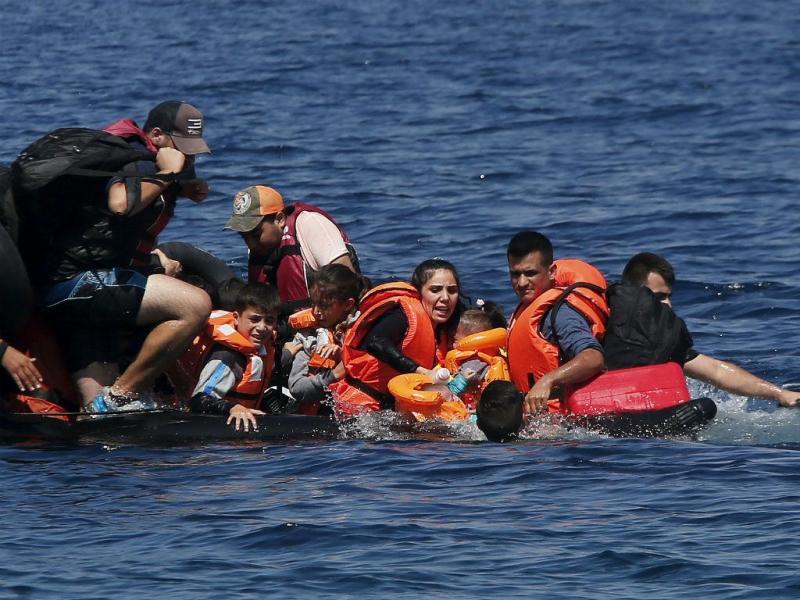 Novo naufrágio ao largo da Grécia (REUTERS/Alkis Konstantinidis)
