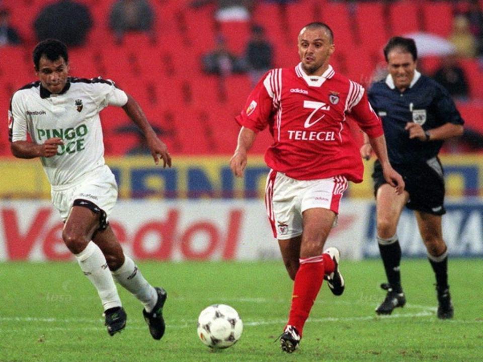 Nica Panduru: «No meu Benfica era impossível jogar bem»