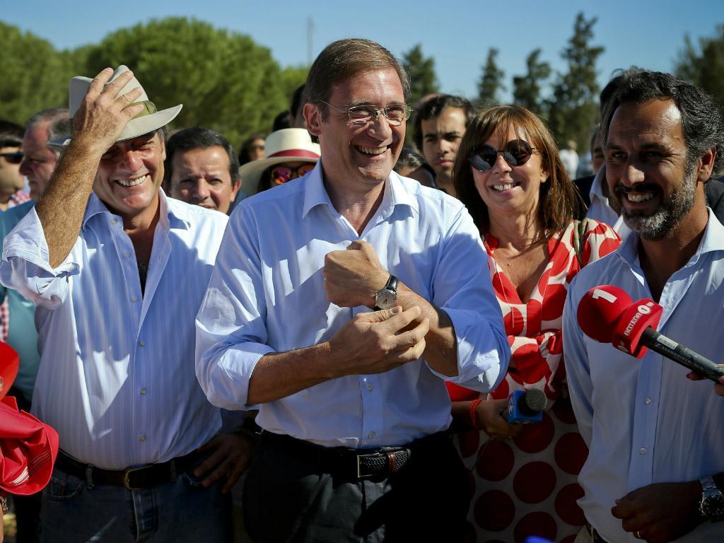 Passos Coelho e Paulo Portas em campanha em Almeirim (José Sena Goulão/Lusa)