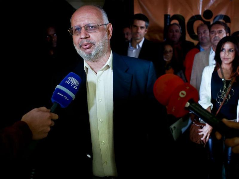 Mendo Castro Henriques em comício do partido Nós Cidadão