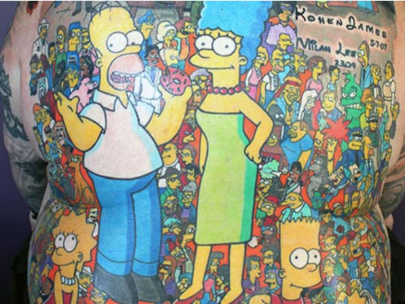 Fã tatua 203 personagens dos Simpsons (Reprodução Guinness World Records)