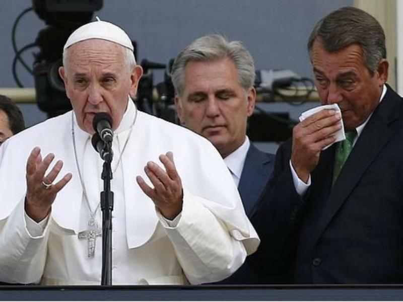 Presidente do Congresso dos EUA emociona-se ao ouvir o Papa (Reprodução YouTube)
