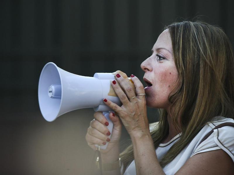 Coligação AGIR em ação de campanha em frente à residência de Ricardo Salgado