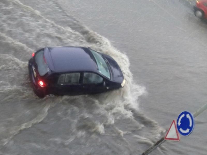Mau tempo causa inundações em Viseu