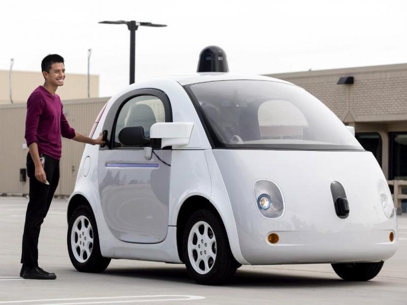Google apresenta carro que conduz sozinho