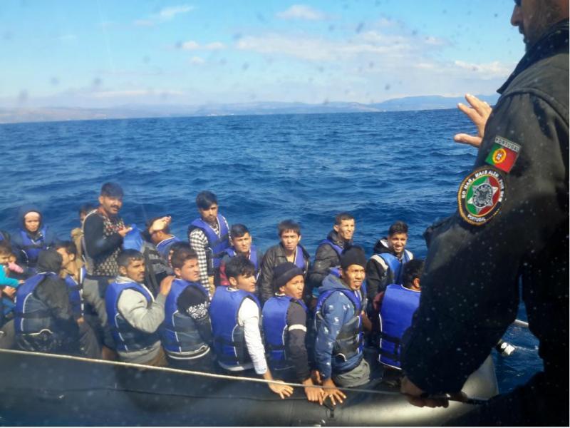 Resgate no Mar Egeu