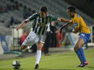 William Alves (V. Setúbal) e Chaparro (Estoril)