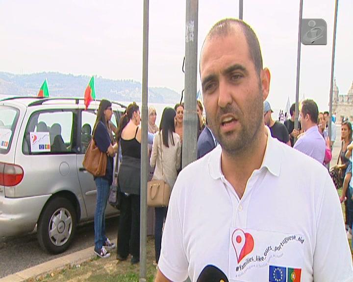 Família síria de refugiados com três filhos já está em Portugal