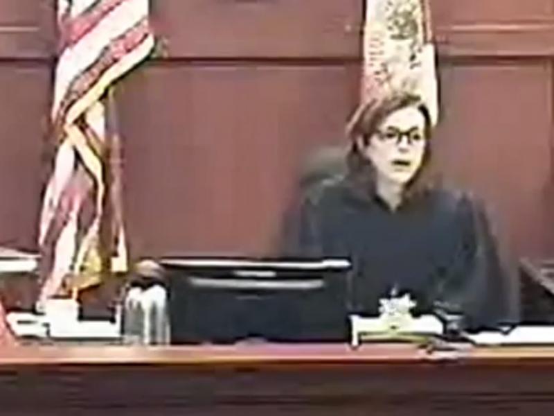 Vítima de violência doméstica sentenciada a três dias de prisão