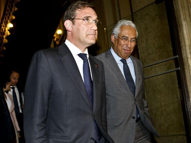 Passos Coelho e António Costa à saída da segunda reunião [João Relvas\Lusa]