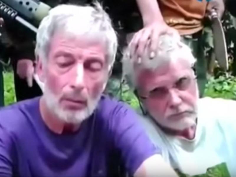 Estrangeiros raptados nas Filipinas pedem ajuda em vídeo