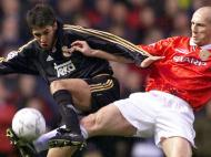 Raul frente ao Man. United (Reuters)