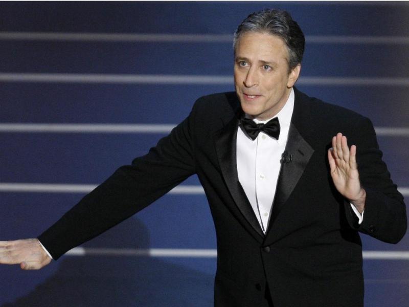 O humorista político, Jon Stewart, apersentou a gala em 2008 e em 2006 (REUTERS/Gary Hershorn)