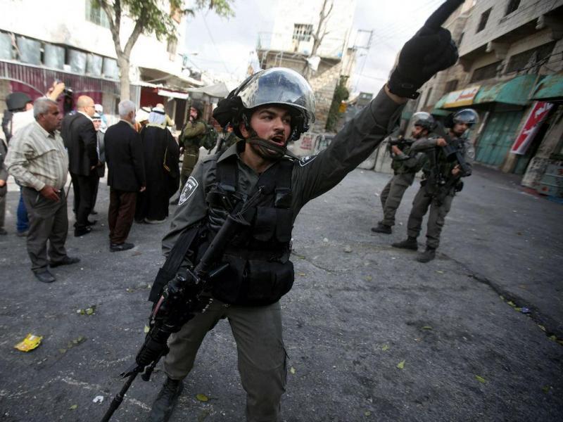 Confrontos entre palestinianos e israelitas em Hebron (EPA/Lusa)