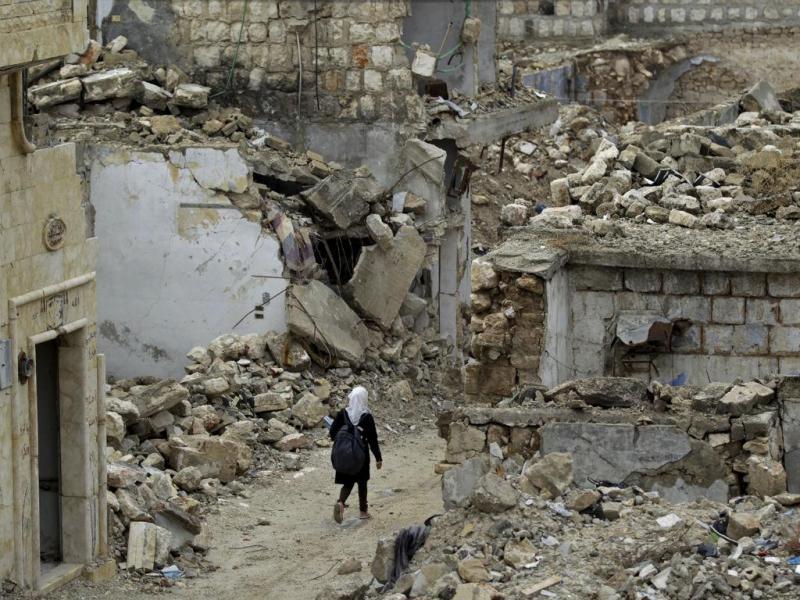 Escola bombardeada na Síria volta a abrir portas(REUTERS/Khalil Ashawi)