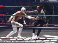 Lewis Hamilton em combate de wrestling