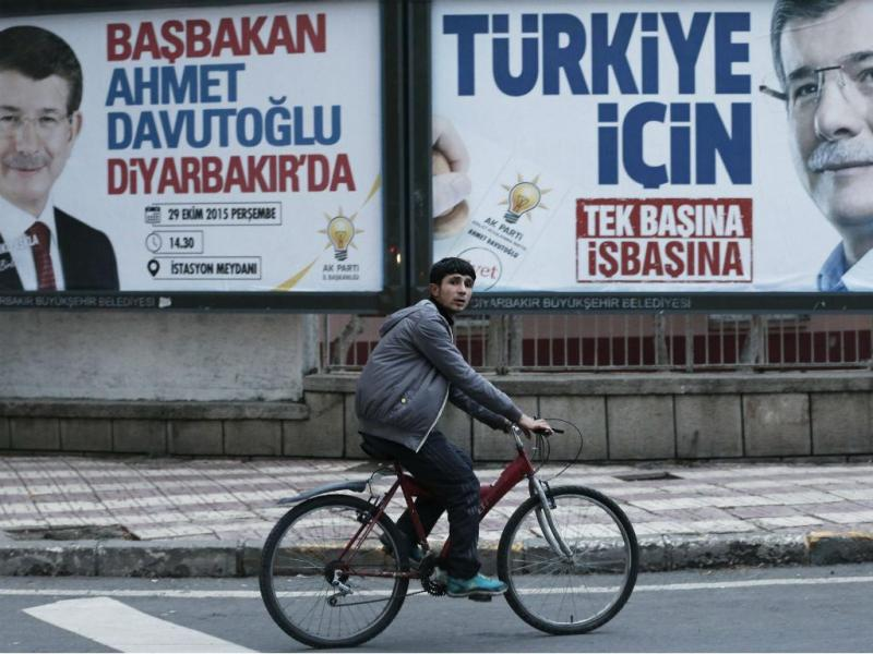 Eleições na Turquia (EPA/SEDAT SUNA)