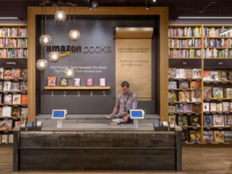 Amazon abre primeira loja física