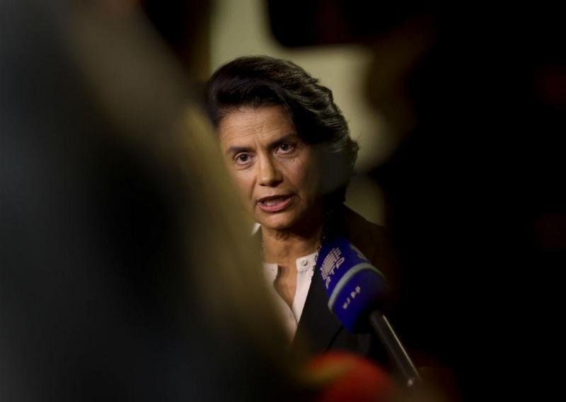 Ministra da Cultura, Igualdade e Cidadania, Teresa Morais, em declarações no aeroporto da Portela, em Lisboa (LUSA)