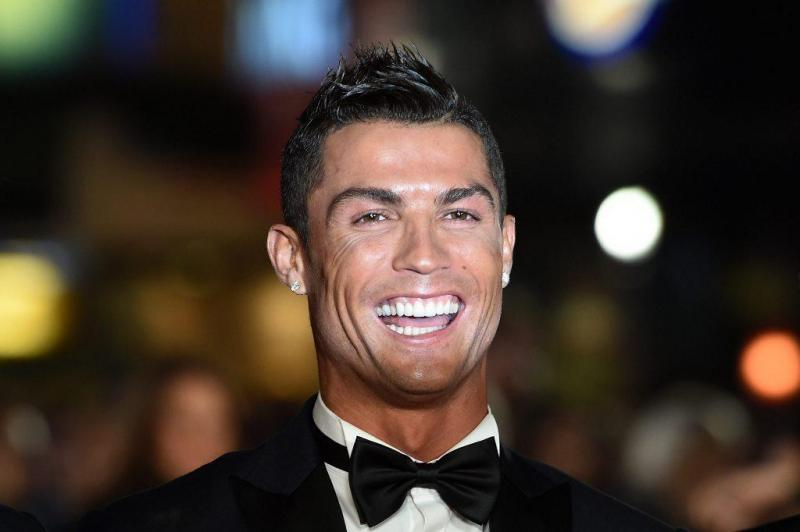 cristiano ronaldo compra jato privado. Black Bedroom Furniture Sets. Home Design Ideas