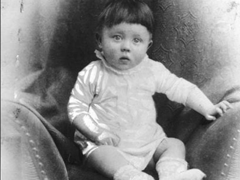 Hitler quando era bebé