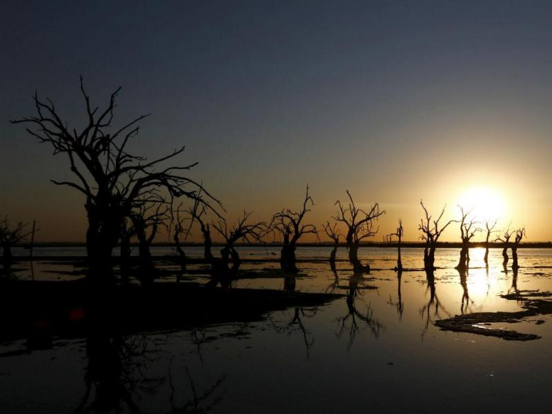Epecuen, na Argentina, atrai muitos turistas (REUTERS/Enrique Marcarian)