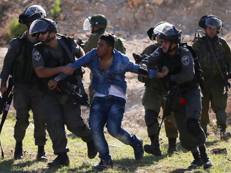 Forças especiais israelitas infiltram-se em hospital e matam palestiniano