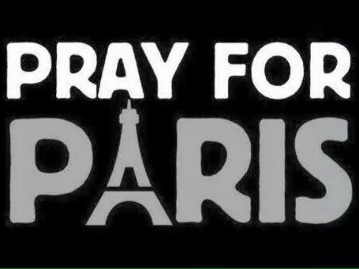 #PrayForParis (Twitter)