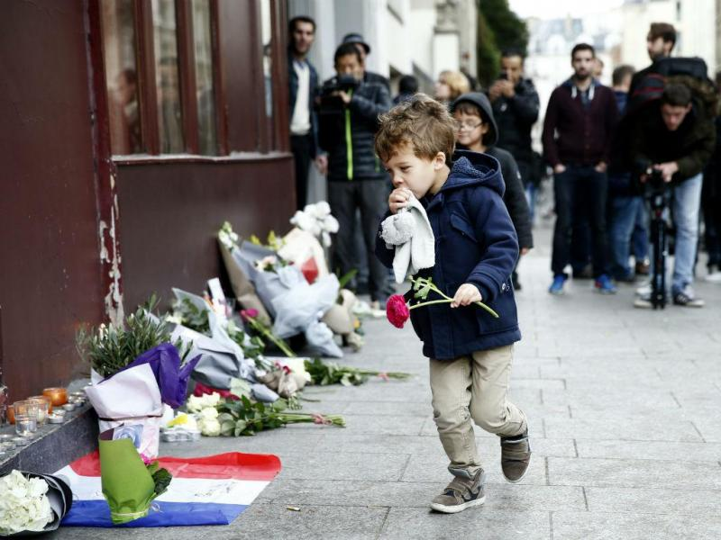 Atentados terroristas em Paris fazem vários mortos e feridos