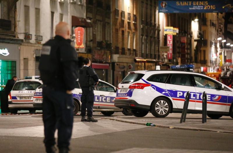 Caça aos terroristas em Paris (REUTERS)