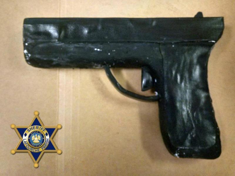 EUA: guardas prisionais encontram arma feita de sabão