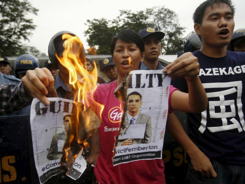 Militar norte-americano condenado pela morte de transexual filipino [Reuters]
