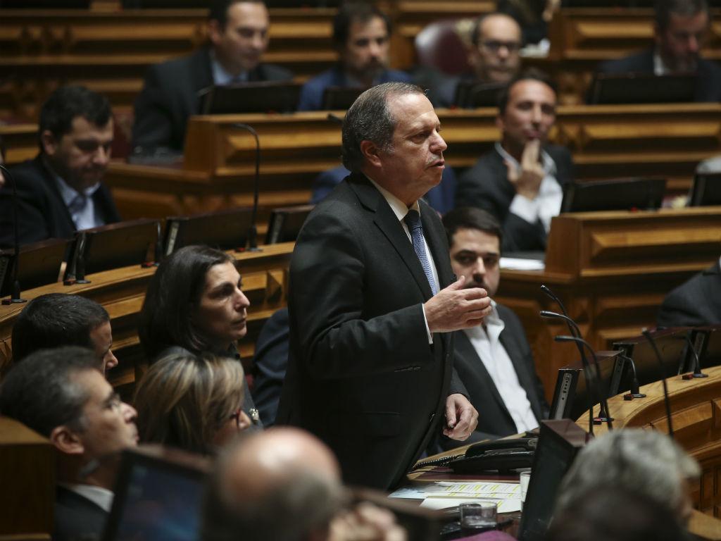 Líder parlamentar do PS, Carlos César (MÁRIO CRUZ/LUSA)