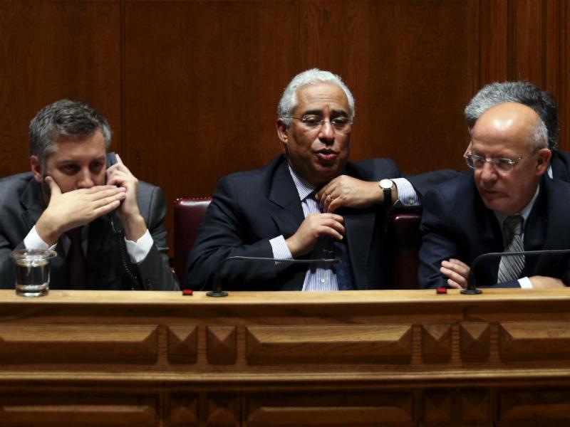 António Costa, Pedro Nuno Santos e Augusto Santos Silva (TIAGO PETINGA/LUSA)