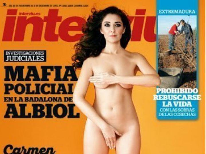 Carmen López posa nua para revista (Reprodução Facebook)