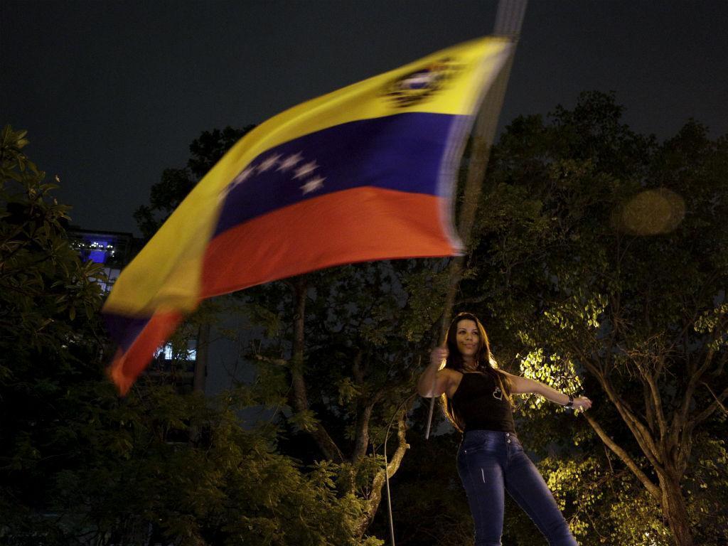 Oposição vence eleições na Venezuela (REUTERS)