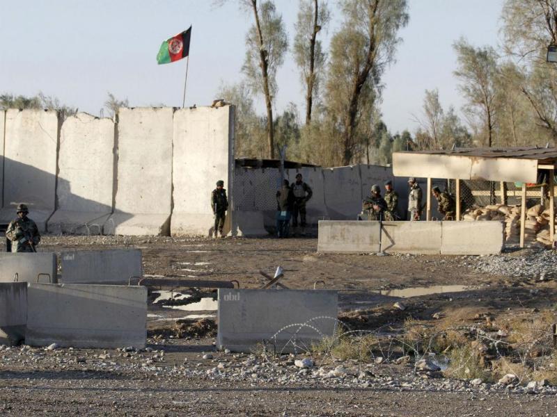 Ataque talibã ao aeroporto de Kandahar, no Afeganistão (Reuters)