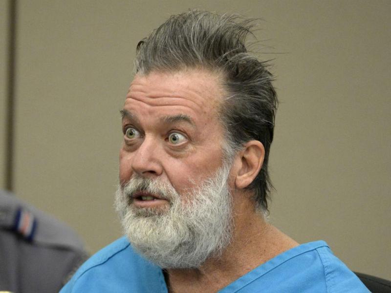 Robert Lewis Dear foi presente ao juiz (Reuters)