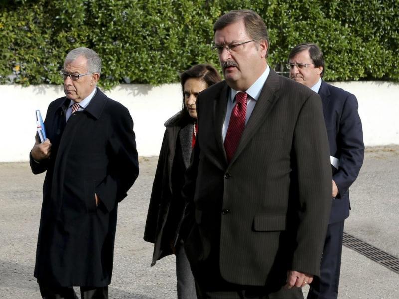Delegação da UGT, liderada pelo secretário-geral Carlos Silva (MIGUEL A. LOPES/LUSA)