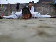 Aulas de Taekwondo no Nepal (Foto: Lusa)