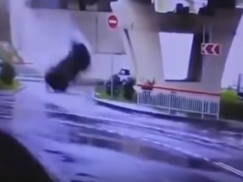 Passageiros sobrevivem miraculosamente a acidente na Rússia