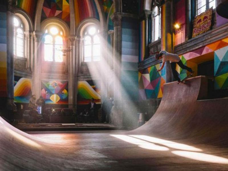 Igreja torna-se templo de skaters